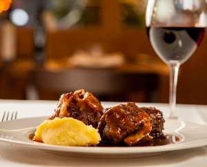 Oxtail with red wine sauce